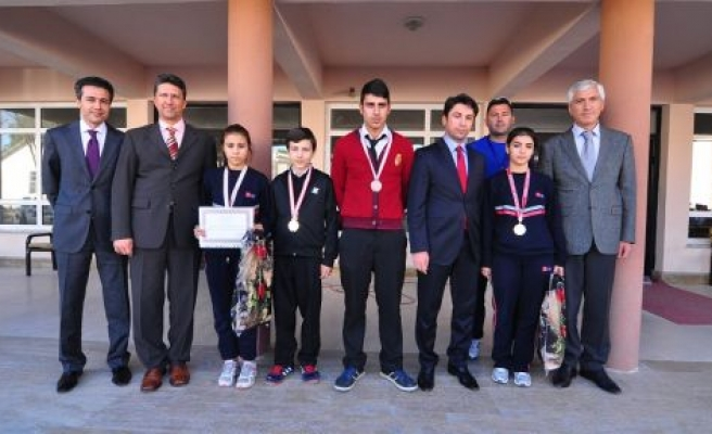 METEM'in Şampiyonlarına Tebrik Ziyareti