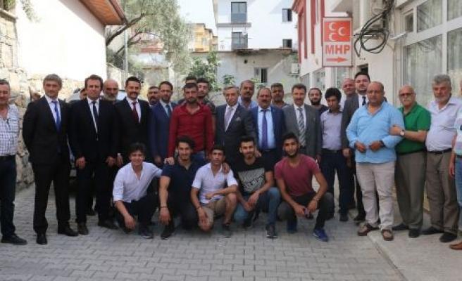"""""""MHP'de çaycı olmak, çözümcülerin kuyruğunda ittifakçı olmaktan iyidir"""""""