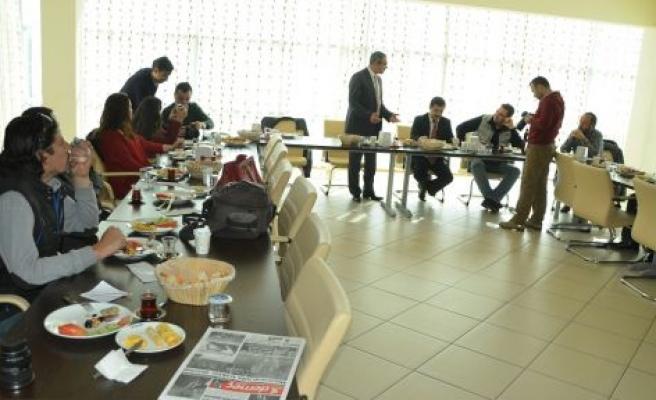 Piri Reis Koleji gazetecileri bir araya getirdi