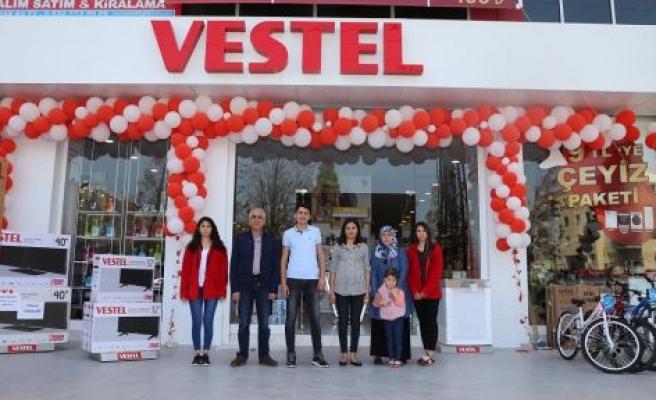 Vestel'in şanslı müşterileri hediyelerine kavuştu