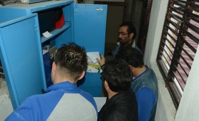 Yatağan'da asansörler kontrolden geçiriliyor