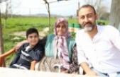 Alzheimer hastası okuma yazması olmayan nine, Atatürk şiirlerini unutamıyor