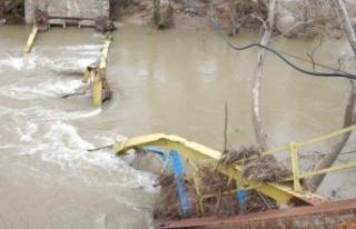Yıkılan tarihi köprü 10 yıldır yapılmadı