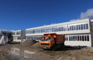 Yıllardır bitirilemeyen okulun inşaatında sona...