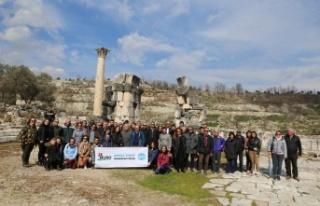 Turist rehberleri, 3 bin yıllık kenti artık daha...