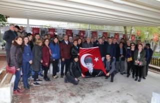 """CHP ve İYİ Parti'den """"Atatürk portresi indirildi,..."""