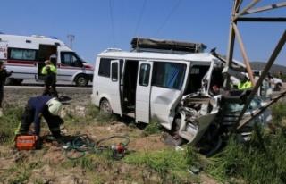 Olay yerinde hayata döndürülen yolcu, hastanede...