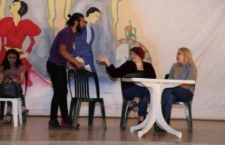 Yatağan Belediyesi'nden tiyatro etkinliği