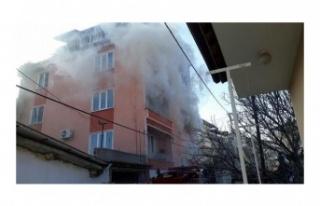 4 katlı apartmanda yangın