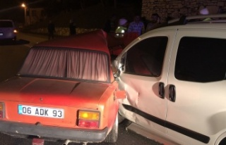 İki alkollü sürücünün sebep olduğu kazada ikiz...