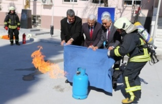 Kıbrıs İlkokulu'nda gerçeğini aratmayan tatbikat