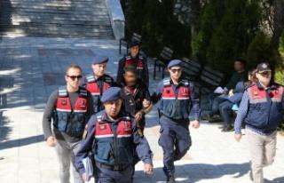 Uyuşturucu taciri suçüstü yakalanıp tutuklandı