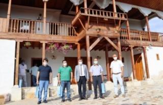Türk Ocakları'ndan Toksöz'e ziyaret