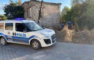 Polisler, firari şahsı yakaladılar