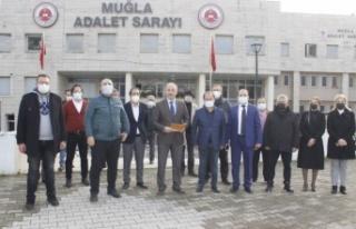AK Parti'den 3 isim hakkında suç duyurusu