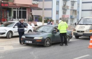 Aranması olan şüpheli, polis uygulamasında yakalandı