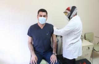 Çin'den getirilen aşılar, Yatağan'da uygulanmaya...