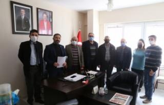 İYİ Parti, Doğu Türkistanlıları gündemden düşürmüyor