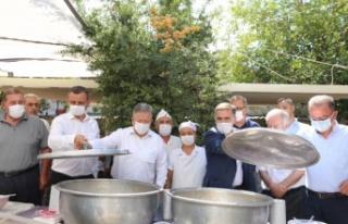 CHP'den Yatağan'a aşure ikramı