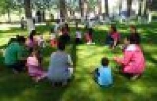 Atatürk İlköğretim Çamlık'ta Piknikteydi