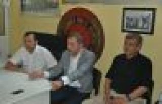 CHP Gençlik Kolları Genel Başkanı İrfan İnanç,...