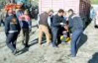GELİ'de feci kaza! Kamyonun altında kaldı