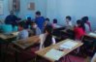 Kur'an kursu öğrencilerine 'Trafik Dedektifi'...