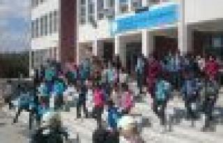 Öğrencilere deprem ve yangın tatbikatı