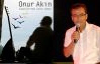 """Onur Akın'ın albümüne bir parça da """"Toprağımsın""""dan"""
