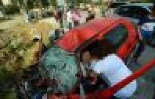 Yatağan'da kaza, 2'si ağır 3 yaralı