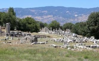 Hekate Tapınağı, gün yüzüne çıkarılmayı bekliyor