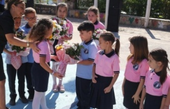 Yatağan'da 6 bin 339 öğrenci için ders zili çaldı