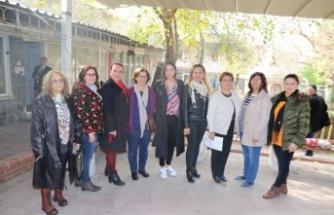 CHP Kadın Kolları, Kadın Hakları Günü'nü kutladı