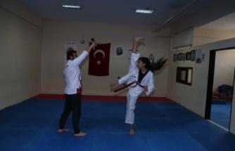 2,5 yıllık genç sporcu, tekvando Türkiye şampiyonu oldu
