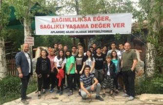 """Anadolu Lisesi'nden """"Bağımlılıksa Eğer, Sağlıklı Yaşama Değer Ver"""" projesi"""
