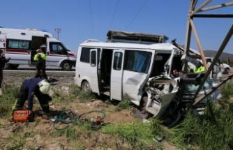 Olay yerinde hayata döndürülen yolcu, hastanede hayatını kaybetti