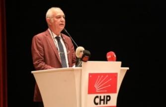 """""""İkiyüzlü AK Parti politikalarından ve politikacılarından bu ülke sıkıldı"""""""