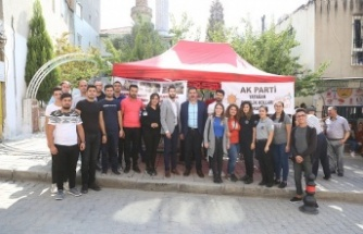 """AK Gençler """"Barış Pınarı Harekatı"""" için lokma döktürdü"""