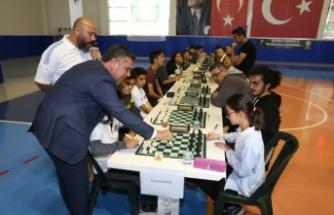 Yatağan Belediyesi'nden Ataya Saygı Satranç Turnuvası