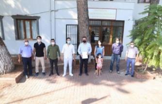 AK Parti İlçe Başkanı Tekin, mazbatasını aldı