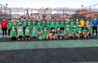 Yatağanspor Futbol Okulu, kaldığı yerden devam ediyor