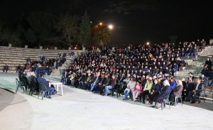 Arslan'dan Akyol Mahallesi'nde miting gibi toplantı