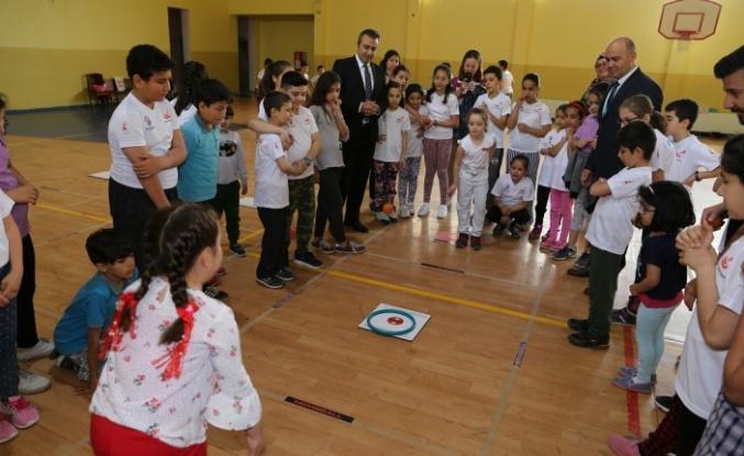 Türkiye'nin resmi spor branşı hemsballa ilgi giderek artıyor