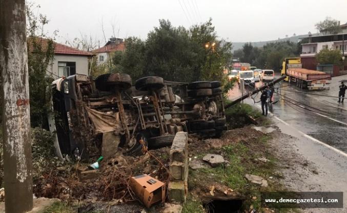 """Kazanın ardından vatandaşlar isyan etti: """"Kavak Köprüsü, miadını doldurdu"""""""