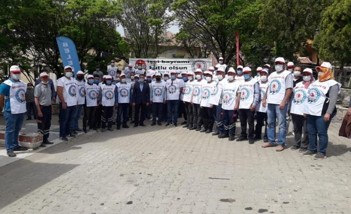 Toksöz, belediye emekçilerinin 1 Mayıs'ını kutladı