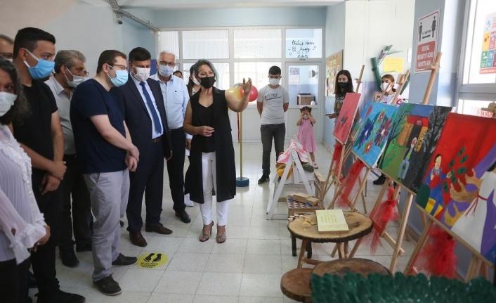 23 Nisan Ulusal Egemenlik Ortaokulu'ndan yılsonu sergisi